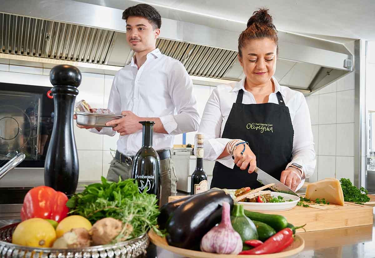 Olivegrün im IHK-Wirtschaftsreport